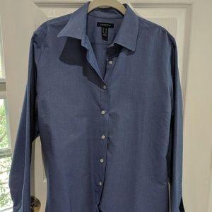 Women's Land's End button down shirt